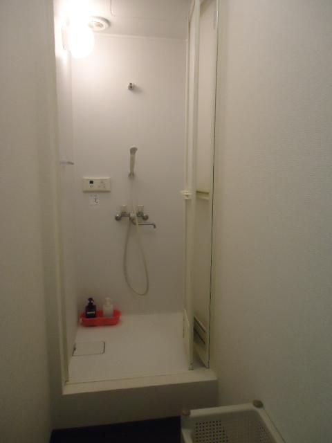 ケルビト 男子シャワー室
