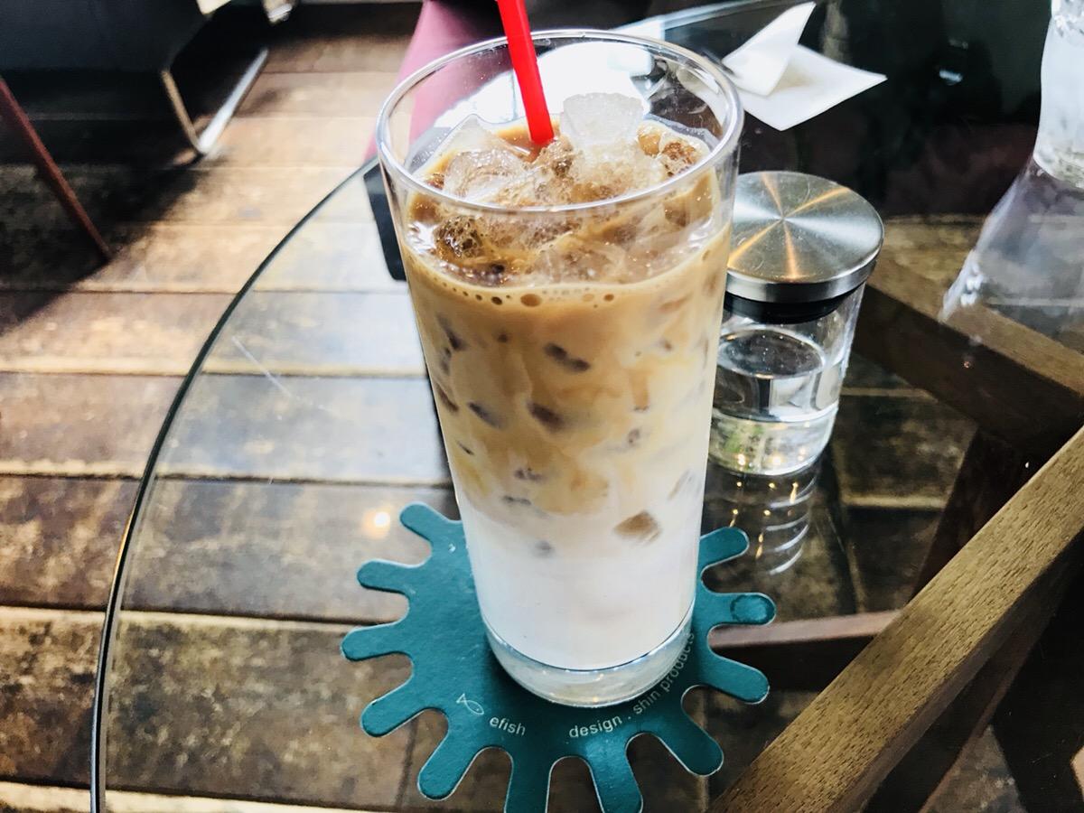 エフィッシュのカフェラテ